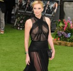 Charlize+Theron+wears+daring+sheer+dress+while+pbf4C7j__qbl