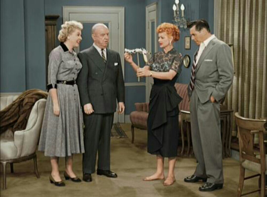 I Love Lucy Stomps Mad Men In Ratings The Interrobang